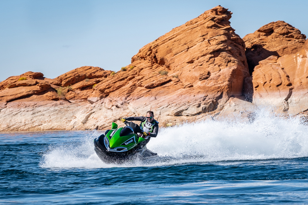 If you've never had a go on a Kawasaki Jet Ski Ultra 310 LX, put it on your bucket list. These things are great fun and so, so damn quick.