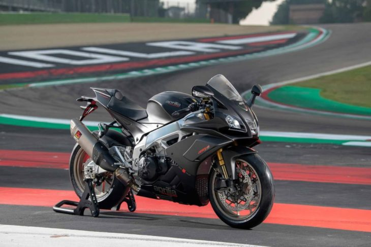 The Top 10 Street Bikes We Can't Wait to Ride in 2019 Aprilia RSV4 1100 side