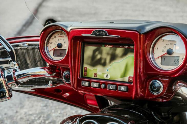 2019 Indian Roadmaster Elite dash