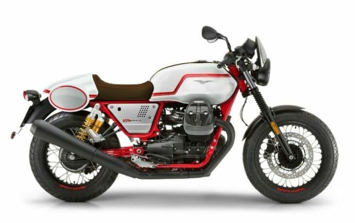 2020 Moto Guzzi V7 III Racer studio