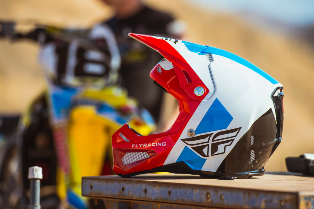 62552839 FLY Racing Unveils All-New Formula Helmet - Cycle News