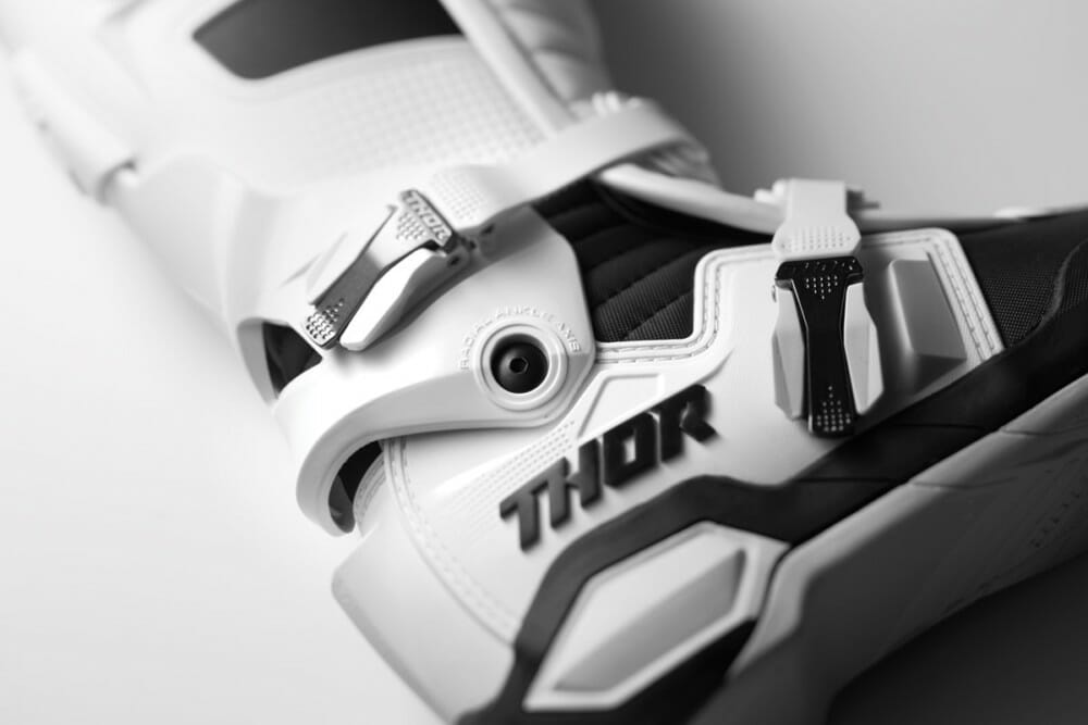 The THOR Radial boots were designed around the Radial Ankle Axis Hinge.