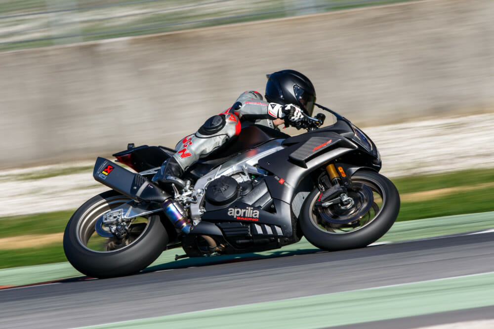 Outstanding 2019 Aprilia Rsv4 1100 Factory Review Cycle News Uwap Interior Chair Design Uwaporg