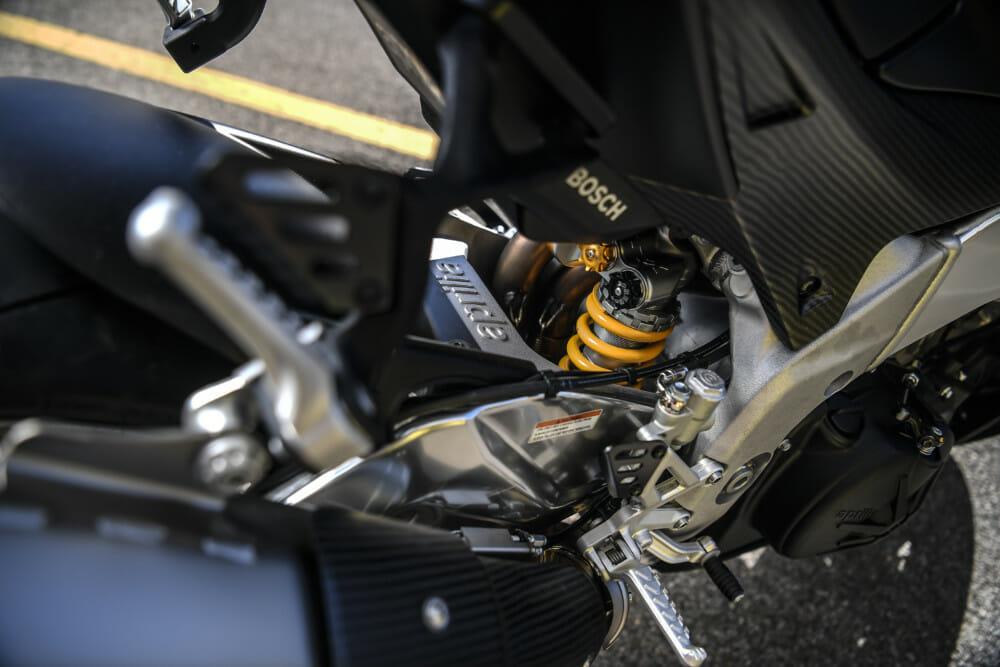 The 2019 Aprilia RSV4 1100 Factory has Öhlins TTX rear suspension.