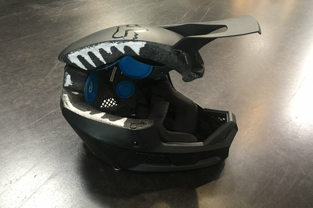 Fox V3 Helmet >> New Fox Racing Motocross Helmet Introduced Cycle News