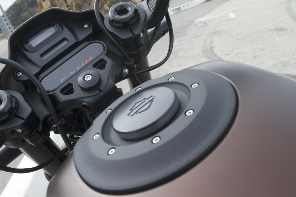 The fuel cap of the 2019 Harley-Davidson FXDR 114.