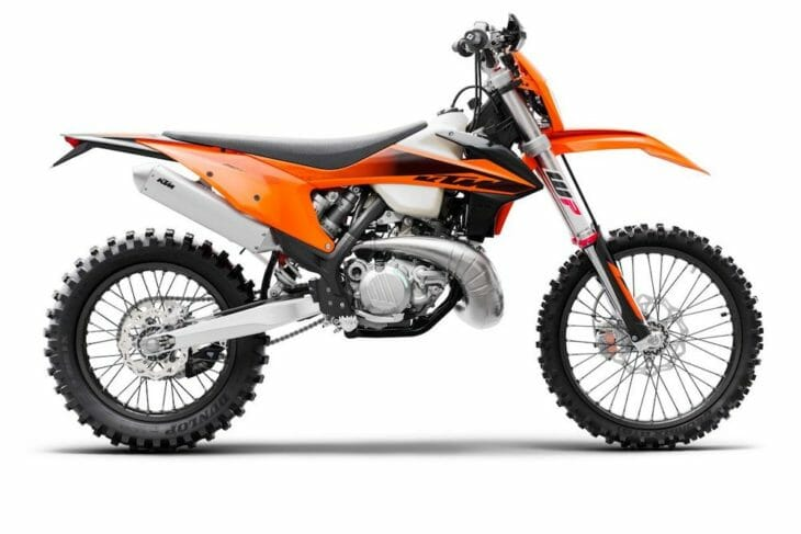 2020 KTM XC-W Models First Look