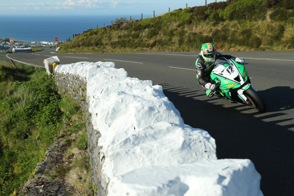 Derek McGee posted a Supersport lap at 122.04 mph at the end of lap 1.