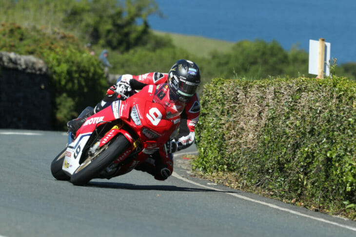 2019 Isle of Man TT Results superstock Johnson