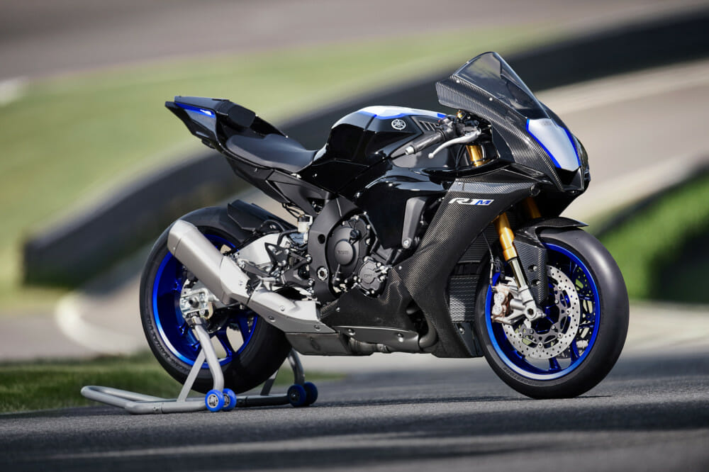 2020 Yamaha YZF-R1 and YZF-R1M First Look - Cycle News