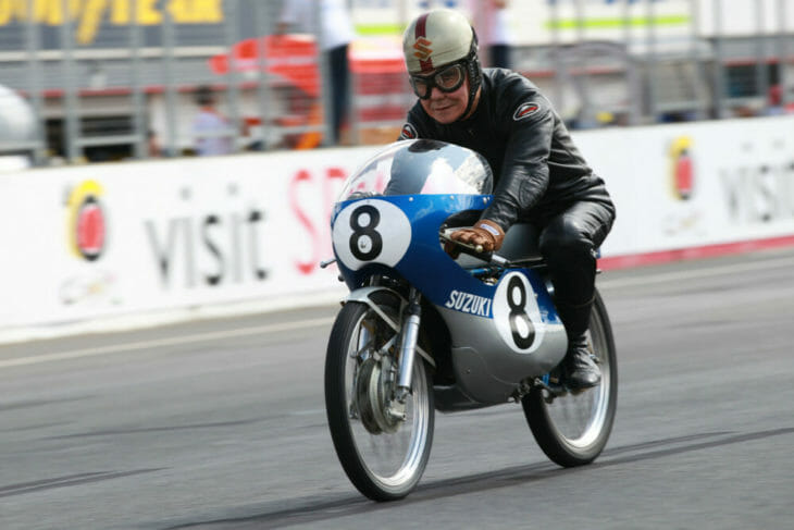 Mitsuo Ito riding a 1967 RK67, Japanese GP 2010