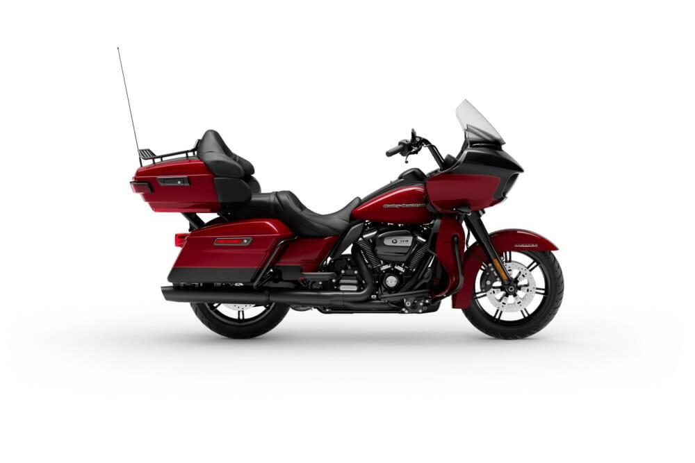 2020 Harley-Davidson Road Glide Limited_Black Finish