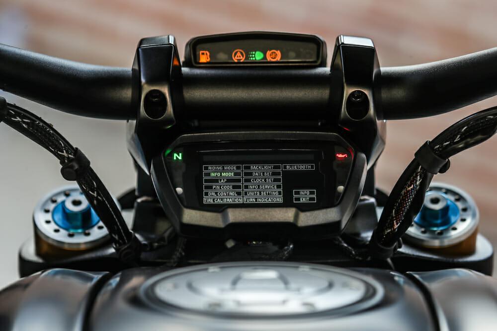 The dahs on the 2019 Ducati Diavel 1260 S.