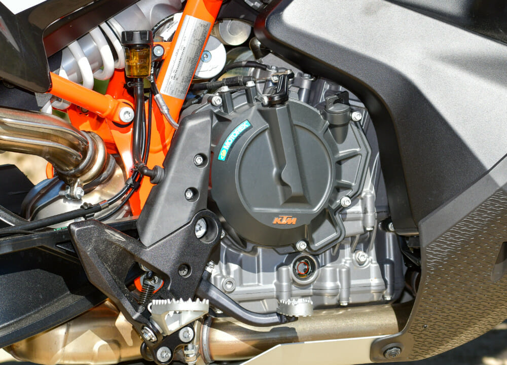 2019 KTM 790 Adventure R engine