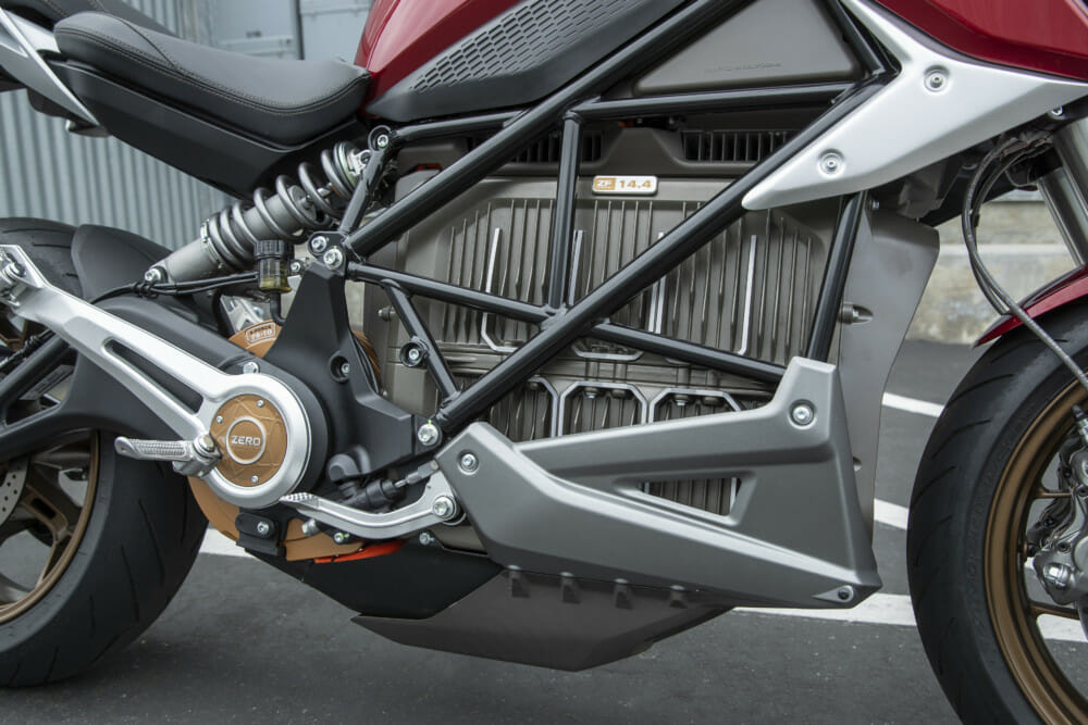 The 2019 Zero SR/F has a wrapped around the battery pack which it uses as a fully-stressed component is a triangulated tubular steel spaceframe.