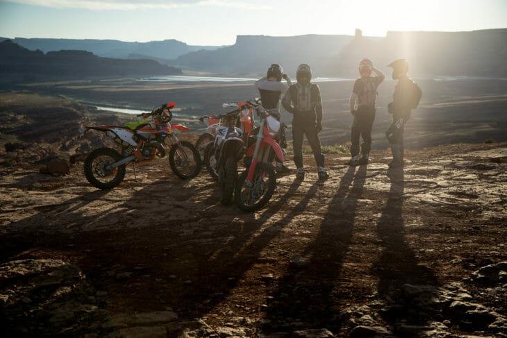 FOX Racing 2020 Legion_Moab-Group overlook