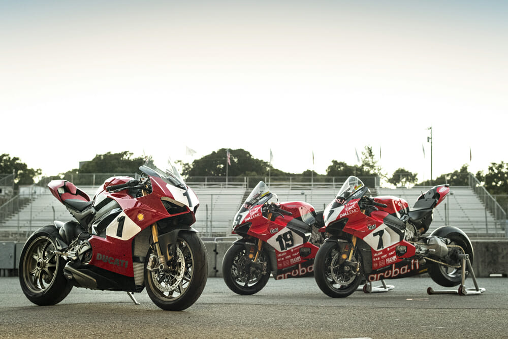 Panigale V4 25° Anniversario 916 to be Auctioned for Carlin Dunne Foundation