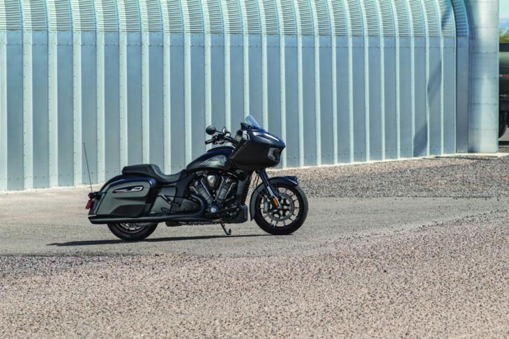 2020 Indian Challenger First Look Dark Horse