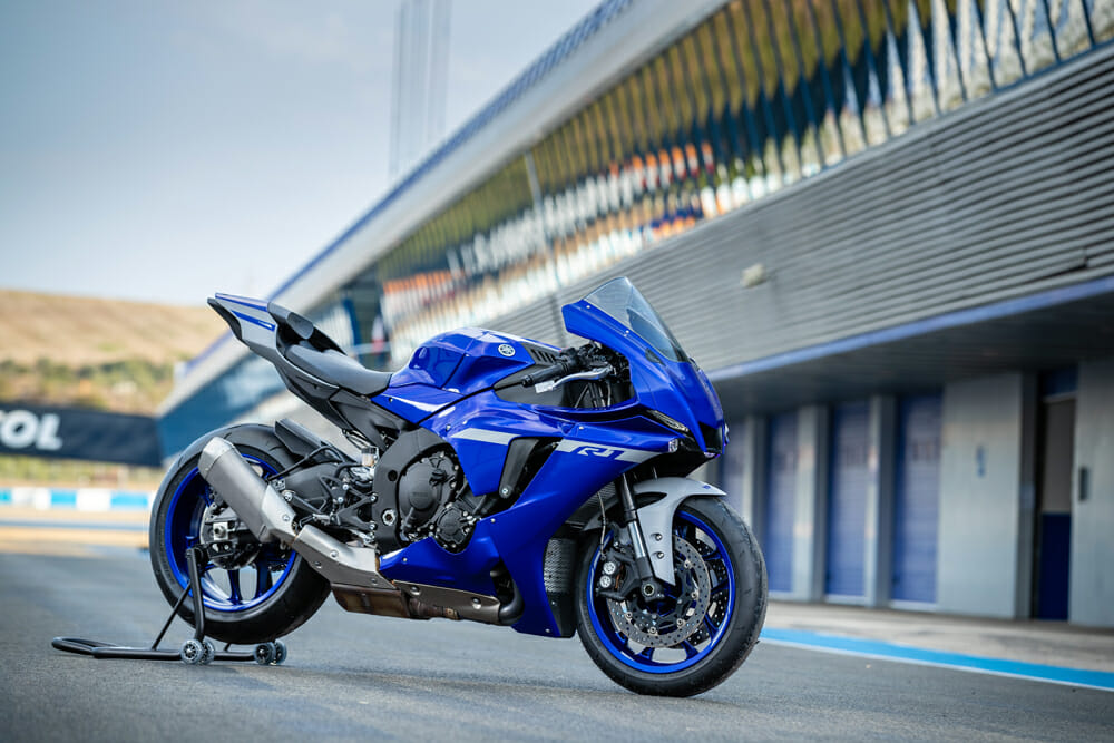 Slight styling updates including a reworked fairing differentiate the 2020 R1 from this year.
