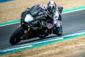 2020 Yamaha YZF-R1 and YZF-R1M Review | A little nip and tuck and the Yamaha YZF-R1 is good for another round of slugging it out at the top of the Superbike tree