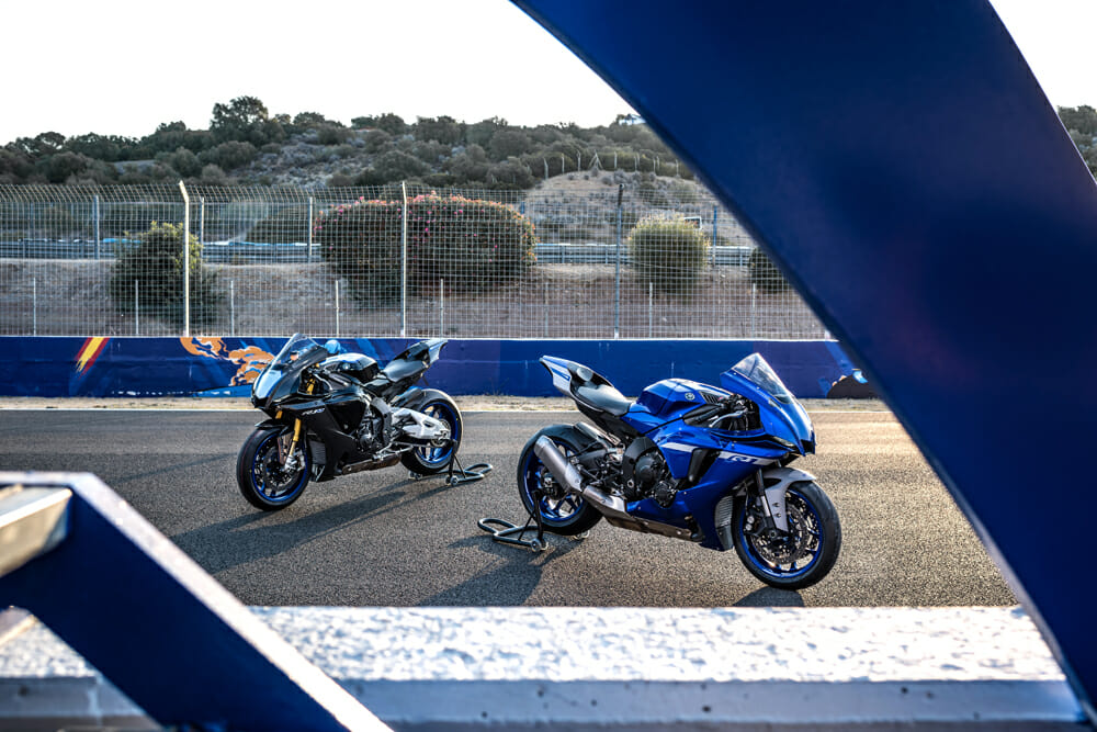 2020 Yamaha YZF-R1 and YZF-R1M Specifications