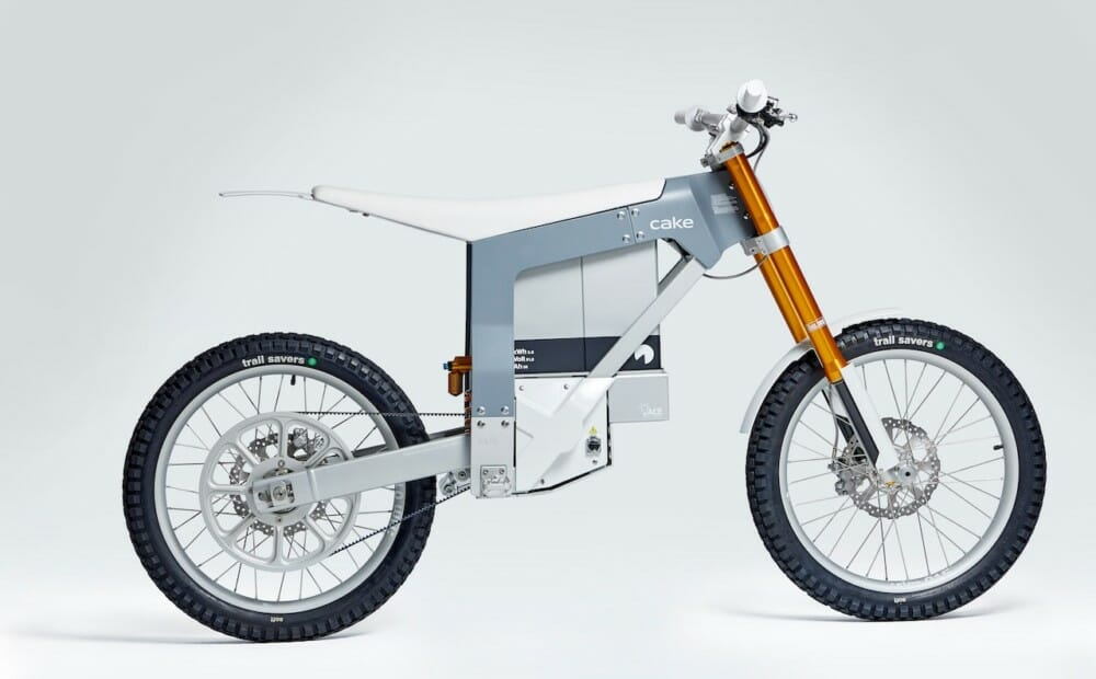 CAKE, the Swedish manufacturer of lightweight electric off-road performance motorcycles, announces a new partnership with Gates, maker of advanced belt drive technologies.