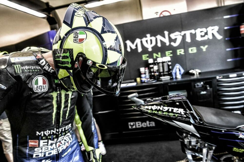 Rossi changes his Crew Chief for next season, replacing Silvano Galbusera with David Muñoz.