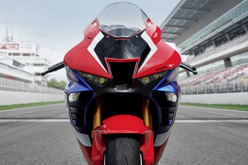 2021 cbr1000rrr fireblade sp first look