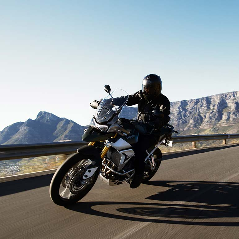 "Triumph Launches ""MY TRIUMPH"" Connectivity System and Mobile App"