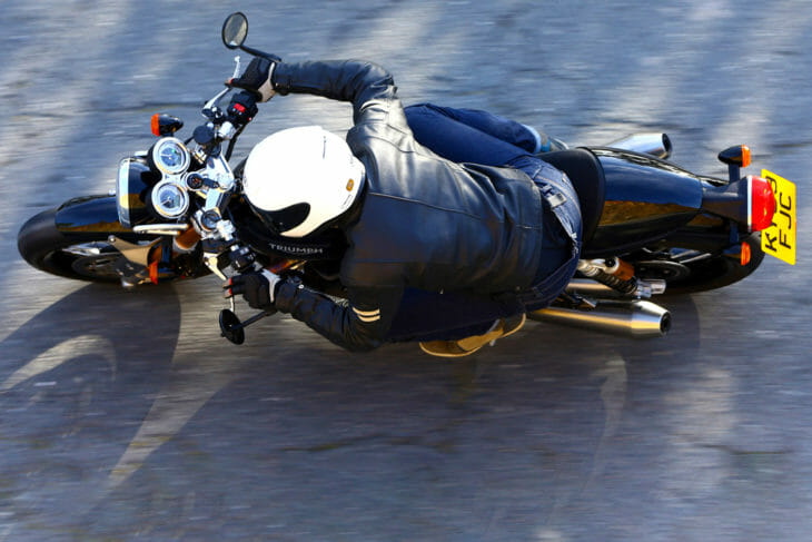 2020 Triumph Thruxton RS Review | The Triumph Thruxton RS goes harder than anything this cool has any right to.