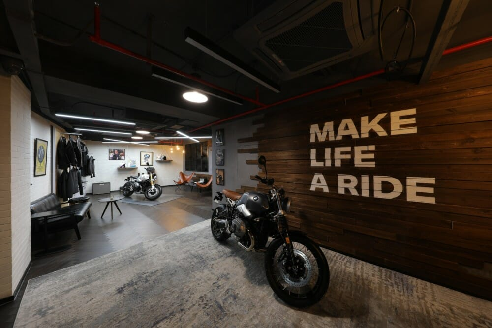 """BMW Motorrad partners with """"The House of Machines"""" in Shanghai"""