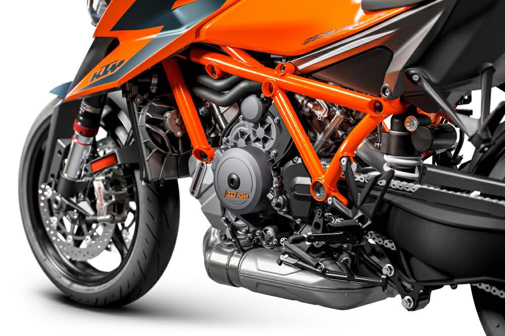 2020 KTM 1290 Super Duke R engine