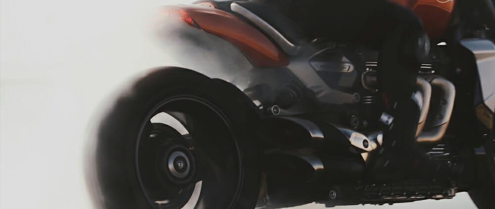 Triumph Rocket 3 R and Avon Tires