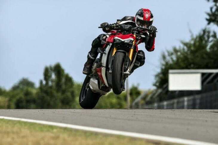 Ducati Streetfighter Presentation wheelie