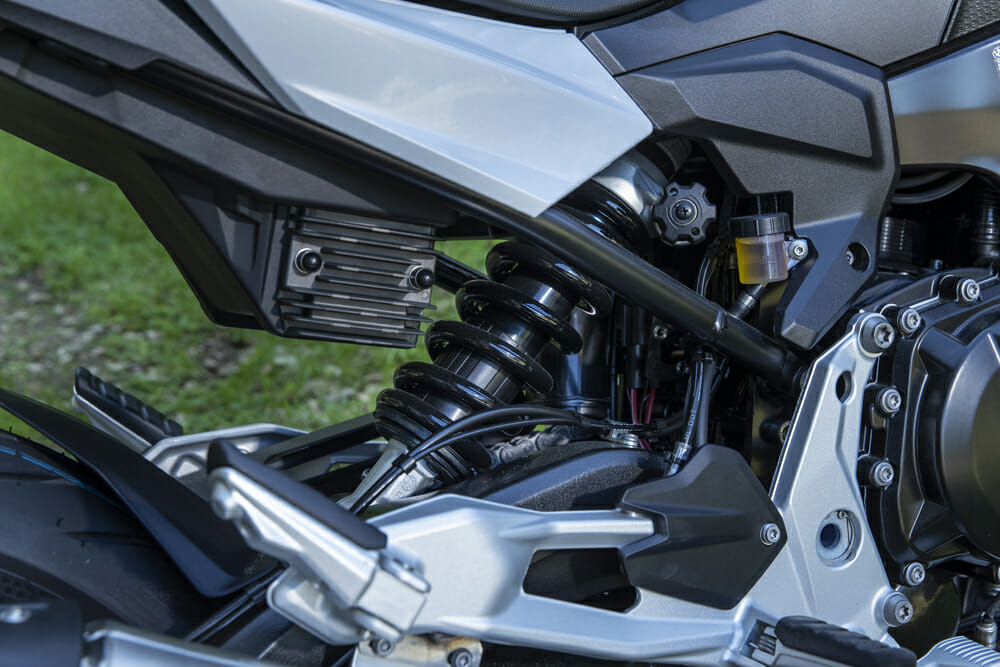 Suspension on the 2020 BMW F 900 R and F 900 XR bikes is pretty basic but actually works quite well.