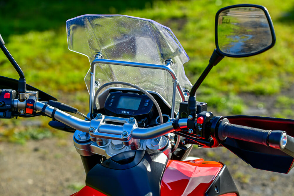 The SWM Superdual X has a modest windscreen.