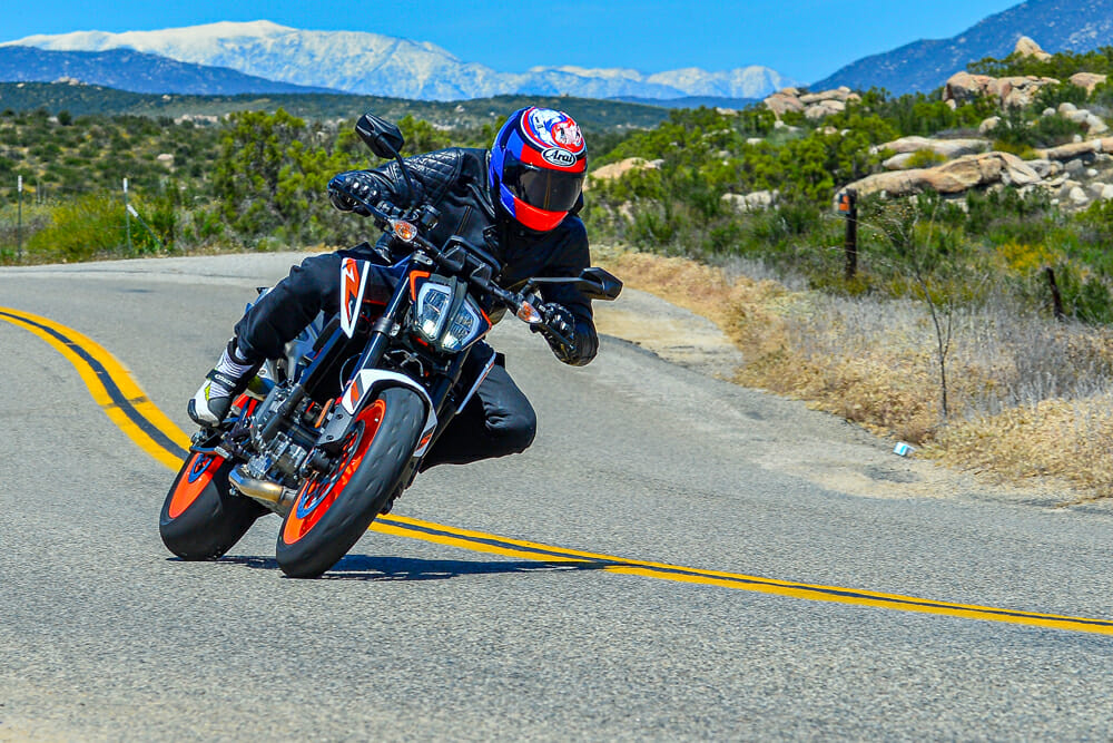 You can see in this shot of the 2020 KTM 890 Duke R how much ground clearance the 890 has. You'll be able to lean this thing over for days.