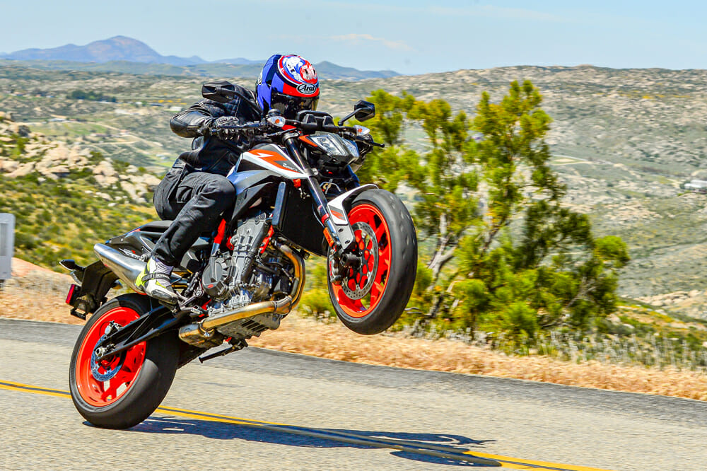 2020 KTM 890 Duke R Wheelie