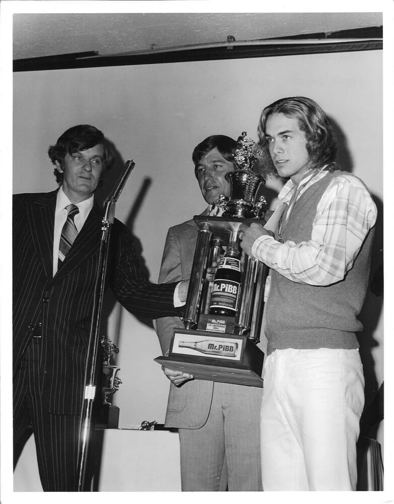 Marty Smith receives his number-one trophy for winning the AMA 500cc MX Championship in 1977.