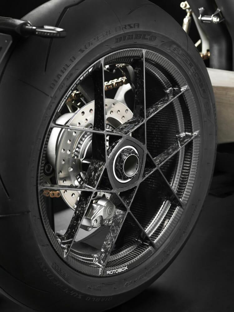 Vyrus Alyen 988 wheel