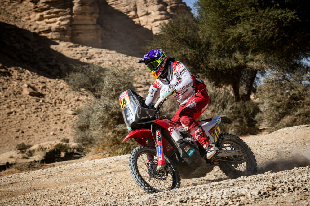 Laia Sanz (ESP) races during stage 9 of Rally Dakar 2020 from Wadi Al Dawasir to Haradh, Saudi Arabia on January 14, 2020. Photo Courtesy of Marcelo Maragni/Red Bull Content Pool