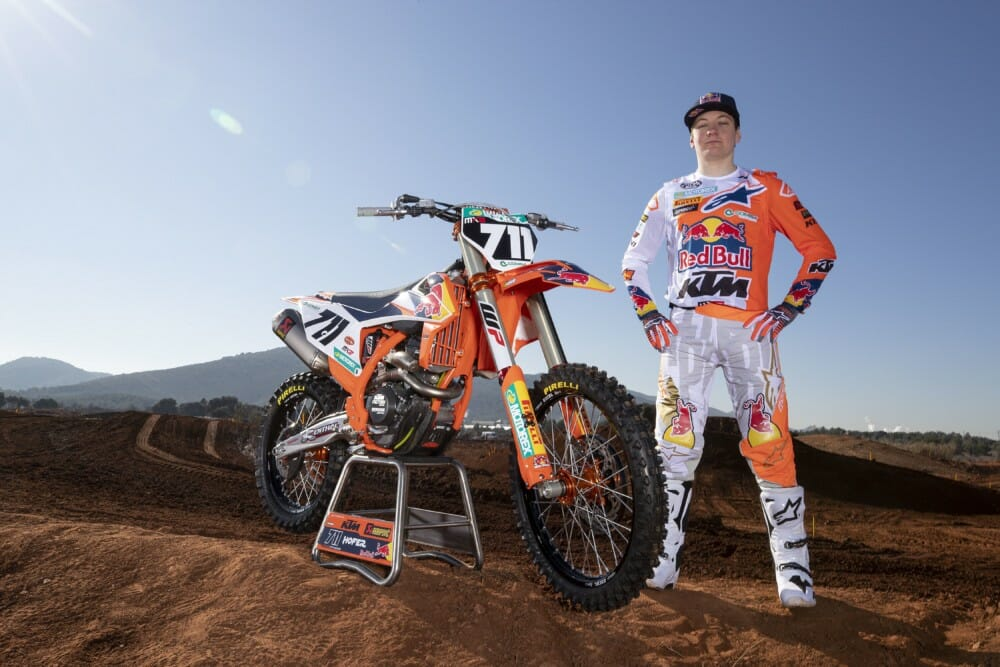 Rene Hofer Ties-Up Red Bull KTM MX2 Contract Until 2022