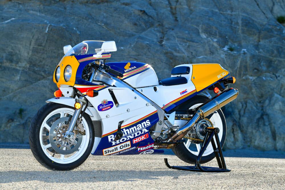 1990 Honda RC30 Specifications