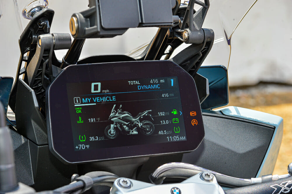 The 2020 BMW S 1000 XR dash is easy to use.