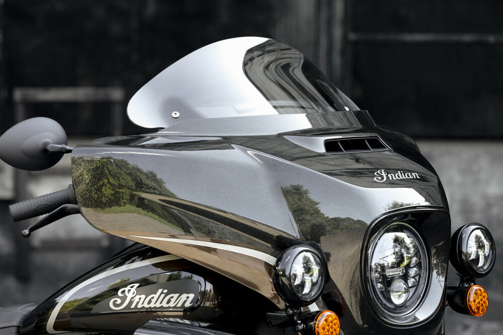 Indian Motorcycle Jack Daniel's LE Indian Roadmaster Dark Horse windscreen