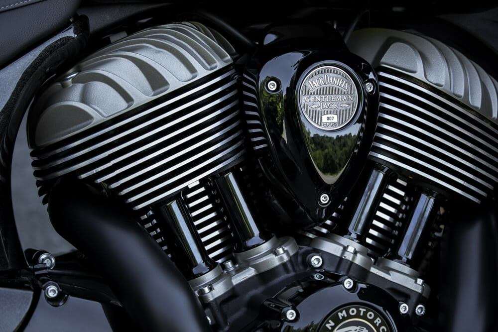 Indian Motorcycle Jack Daniel's LE Indian Roadmaster Dark Horse engine