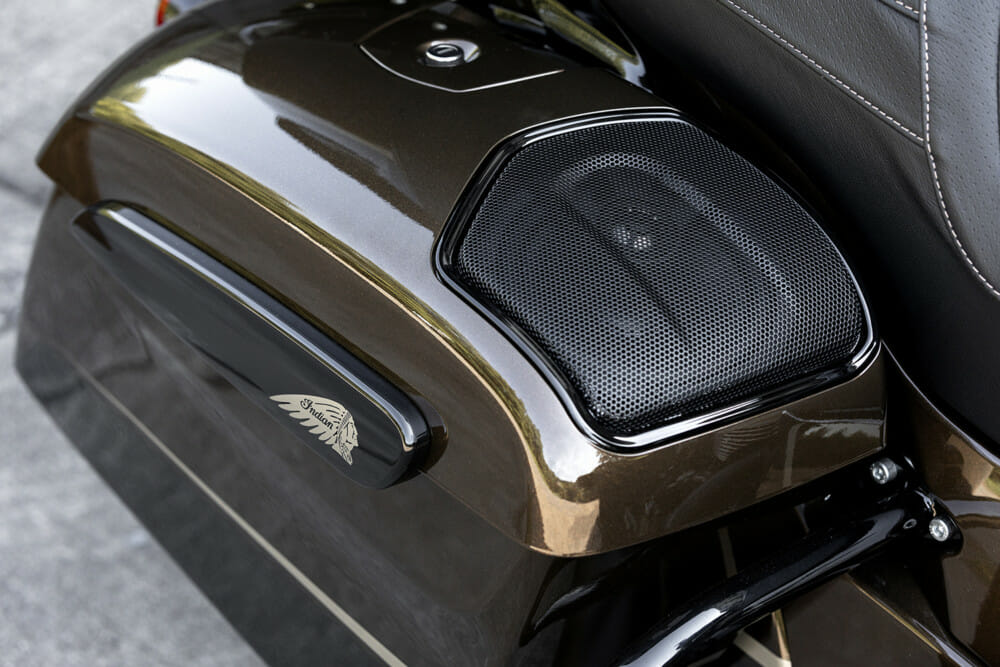 Indian Motorcycle Jack Daniel's LE Indian Roadmaster Dark Horse speaker