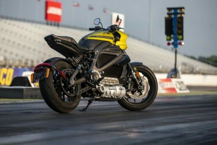 Harley-Davidson LiveWire Sets New World Records at EV Racing Exhibition