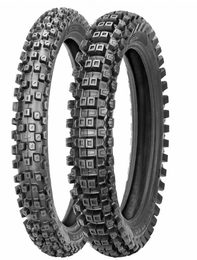 Sedona MX-208SR Tires