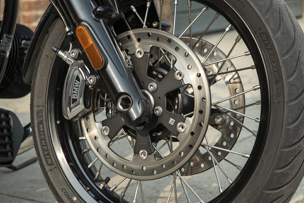 2021 BMW R 18 front wheel